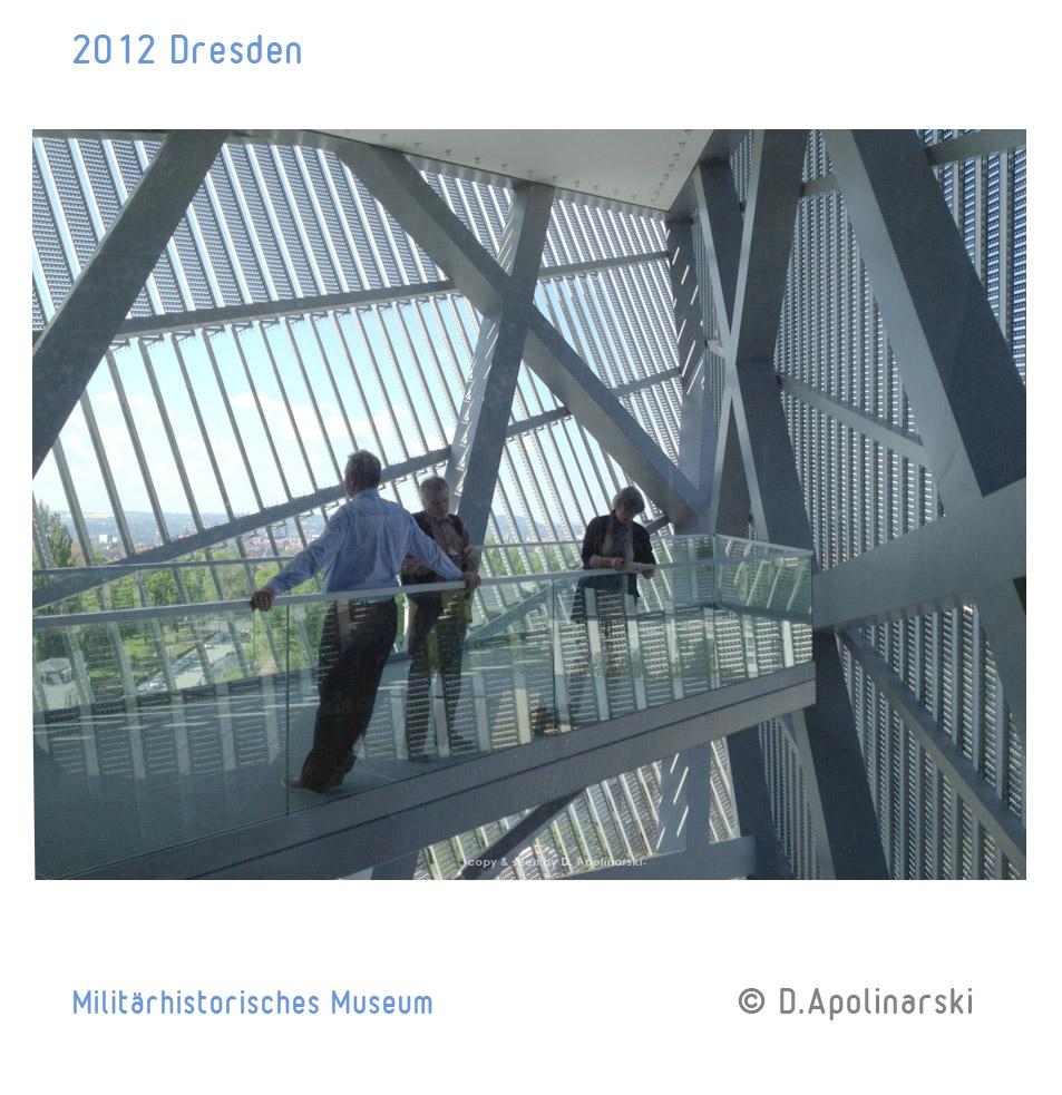 Dresden_Militaerhistorisches_Museum_podest_ipad